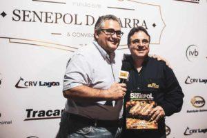 Artur Monassi concede entrevista ao Fala Carlão (Foto: Aline Nakamura)
